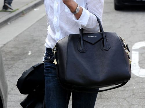 work bags.Black Bags, Handbags, Givenchy, White Shirts, Classic White, Work Bags, Dark Jeans, Travel Outfit, Big Bags