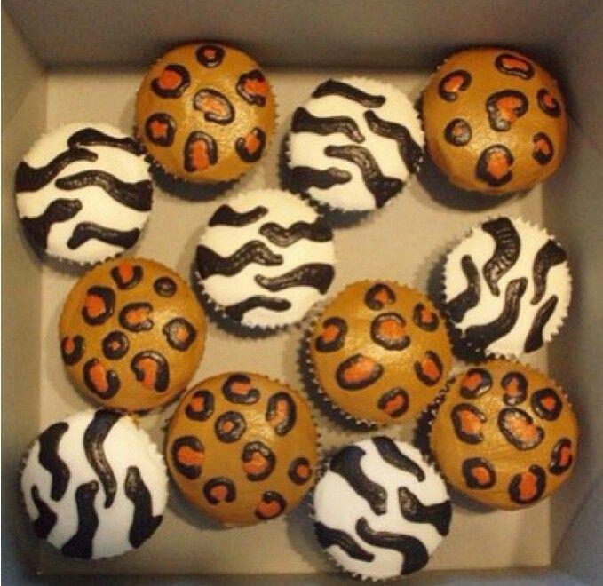 Yummy leopard cupcakes