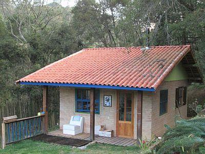 chalé Gonçalves  - Chalé sala/coz balcão completa,lareira,suíte e mezzanino. Linda vista,beira rio