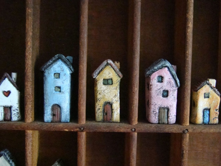 Marina's Art Dolls: (Miniature) House swap anyone?