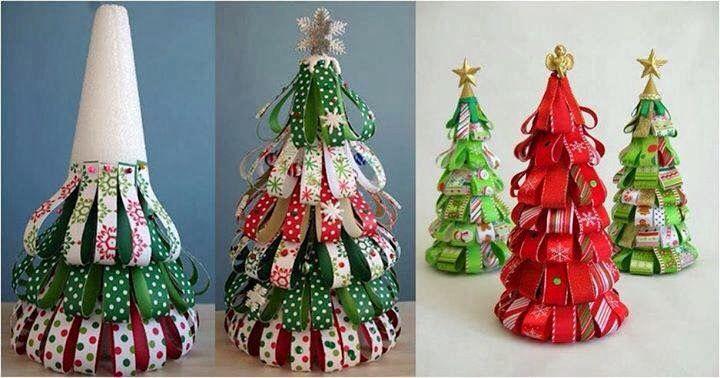 Pinos de Navidad con listones