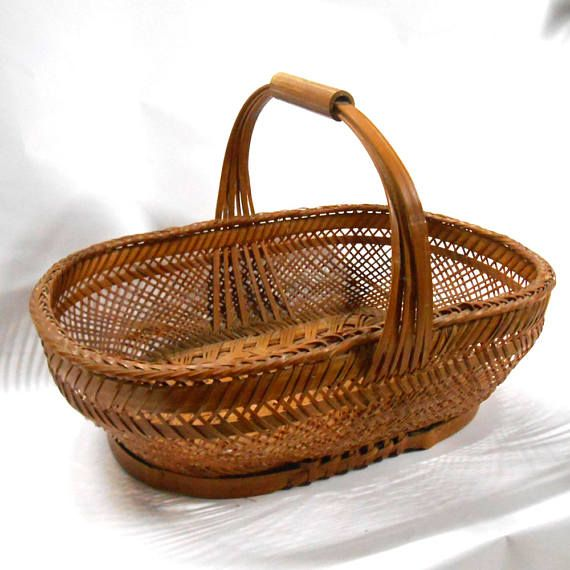 VINTAGE oval woven WICKER Basket with handle wood sewing craft  #VINTAGE #oval #woven #WICKER #Basket with #handle #wood #sewing #craft #storage #home room #decor #farmhouse #roll #Bread #Gift #primitive #cabin #retro #etsy #studio #collectables #collectibles