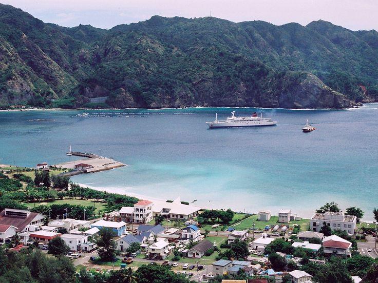 Port of Futami, Chichi-jima ◆Bonin Islands - Wikipedia http://en.wikipedia.org/wiki/Bonin_Islands #Ogasawara_Islands #Bonin_Islands
