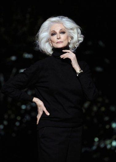 Black with white hair...truly elegant. LmC