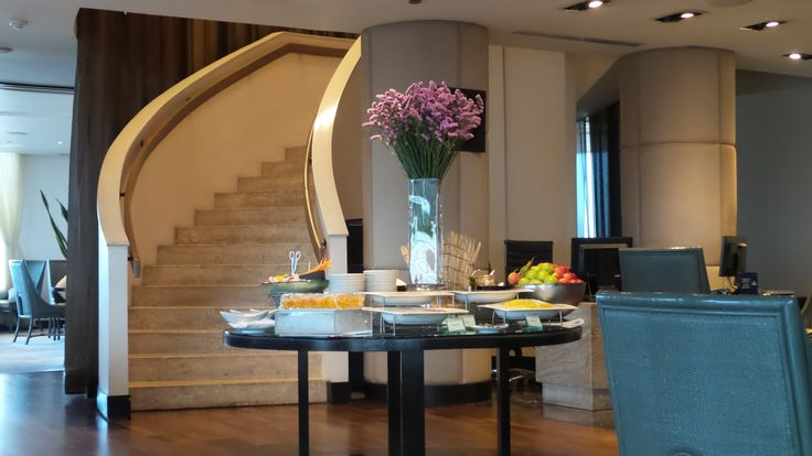 Executive Lounge at the Millennium Hilton Bangkok Hotel, Thailand
