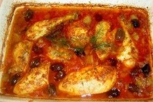 O reteta delicioasa cu carne frageda de pui inmiresmata cu lamaie si masline. O combinatie potrivita pentru copii si parinti.