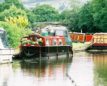 CANAL NARROW BOATS | Canal, Narrow Boats and Dutch Style Barges Live aboard boats For Sale ...
