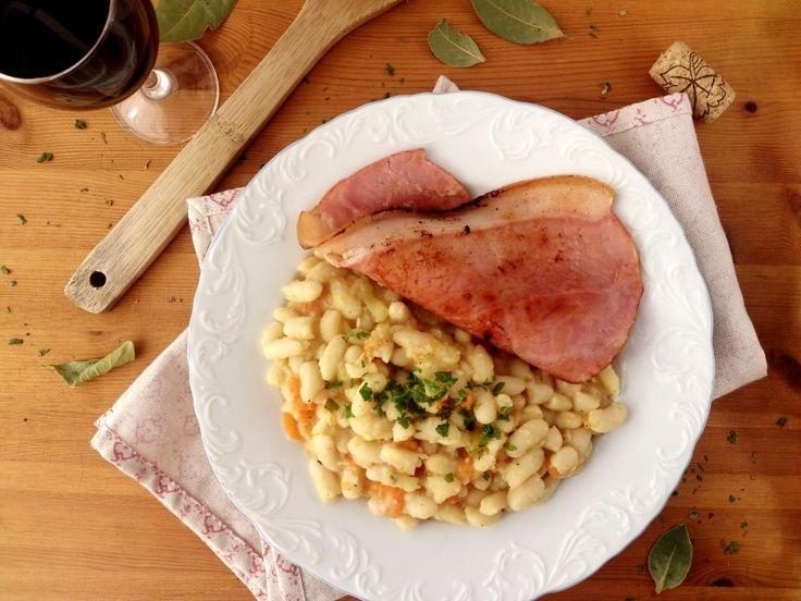 Mogette de Vendée AOP et son jambon vendéen - Miam, une recette traditionnelle à base de haricot blanc ! #IYP2016 #AIL2016 @sabarotwassner