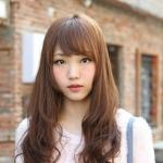 Cute Korean Hairstyle for Girls: Long Brown Hair With Bangs