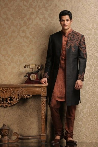 Men are equally fashionable like women and they like to dress up in attractive costumes too. Gone are the days when men would dress up in simple shirts and pants. Now, the men's wardrobe has become equally attractive and there are shops dealing in men's clothing alone.