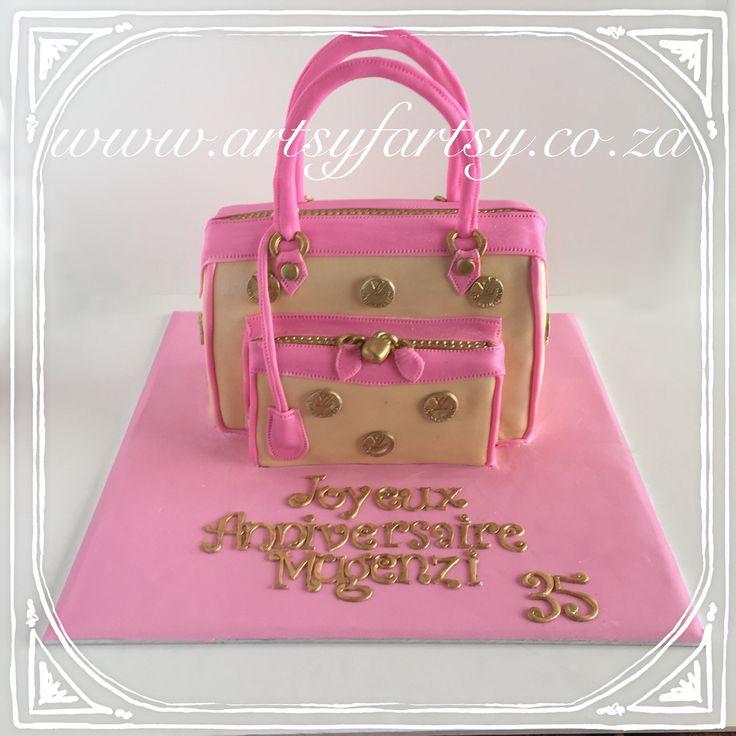 Louis Vitton Handbag Cake #louisvittonhandbagcake