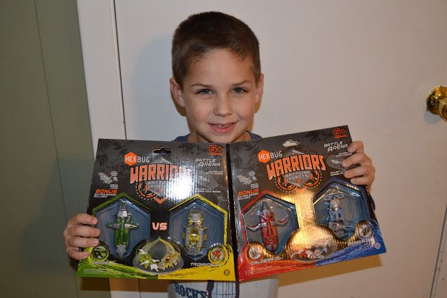 Hexbug Warriors vai Mama Luvs Books