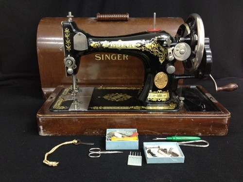 Vintage Black and Gold Singer Sewing Machine