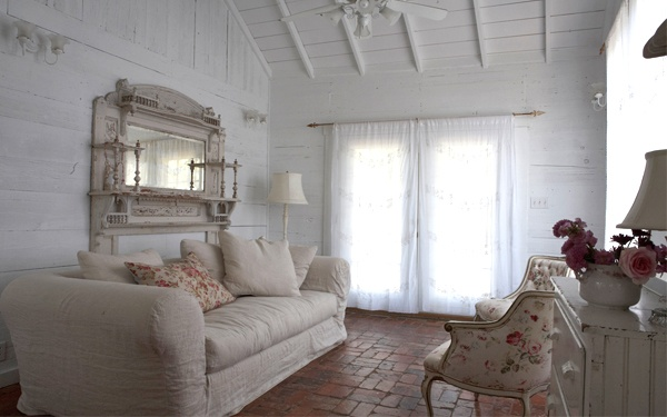 shabby chic   The Prairie by Rachel Aswell, Roundtop, TX