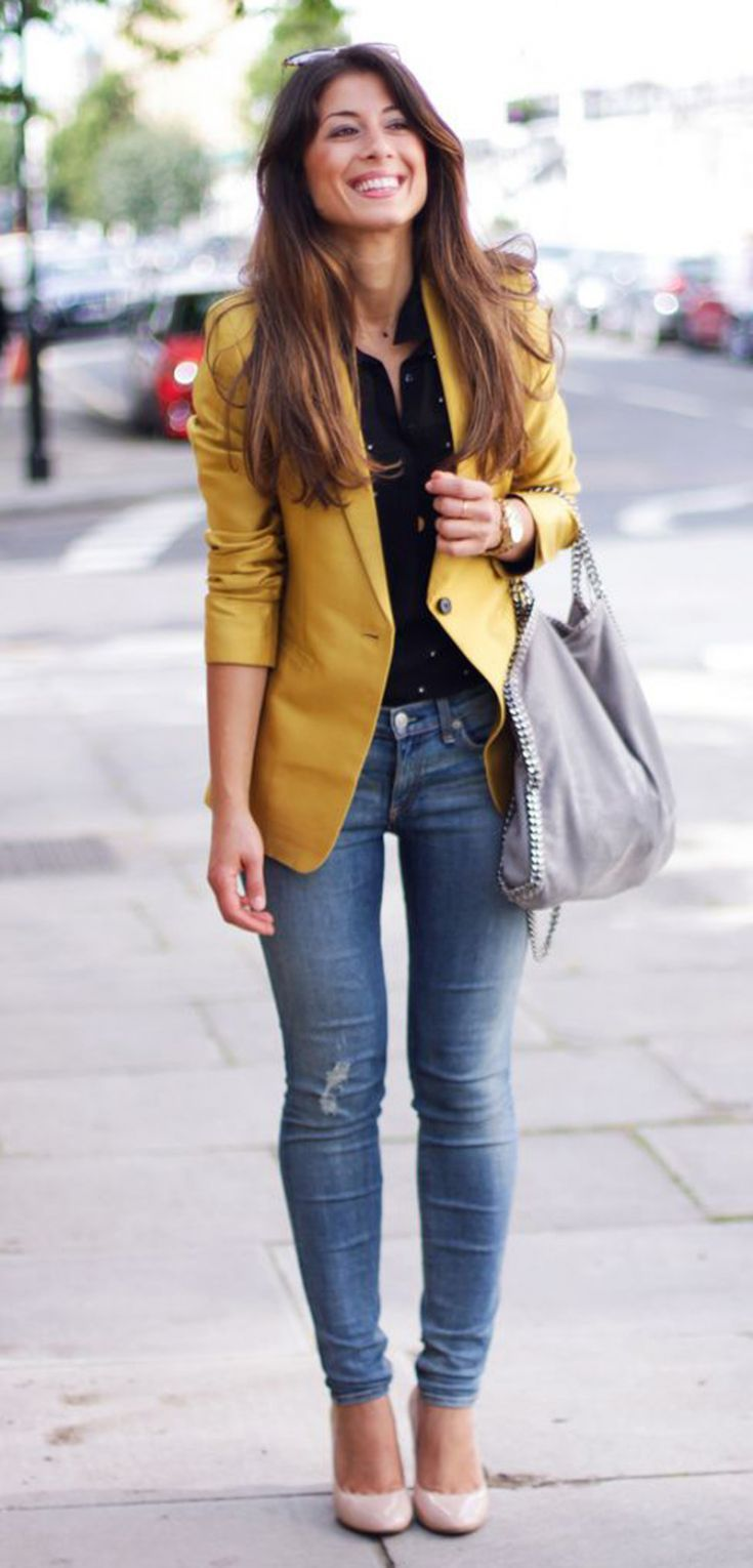yellow jacket   skinny jeans