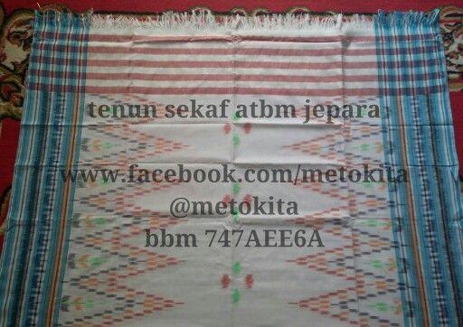 Handwoven scarf from Jepara, Indonesia Visit www.facebook.com/metokita for more