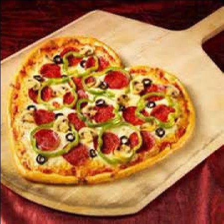 Resep Masakan Spesial Di Hari Valentine: Pizza Daging Asap