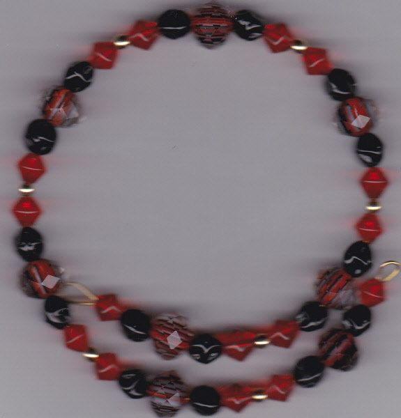 Handmade Red and Black Gold Memory Wire Beaded Bracelet by Crisseyscreations on Etsy