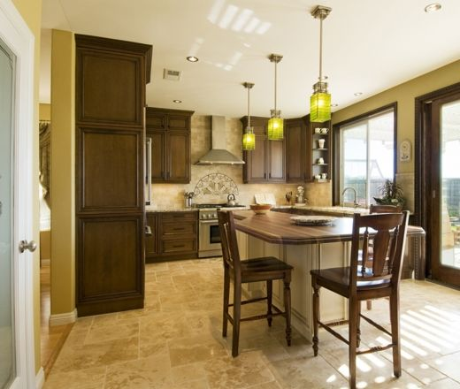 1000+ Ideas About Pale Yellow Kitchens On Pinterest