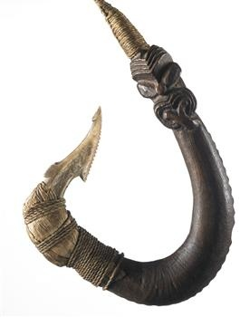 Matau (fish hook), 1800-1850. Maker unknown. Oldman Collection. Gift of the New Zealand Government, 1992. Te Papa