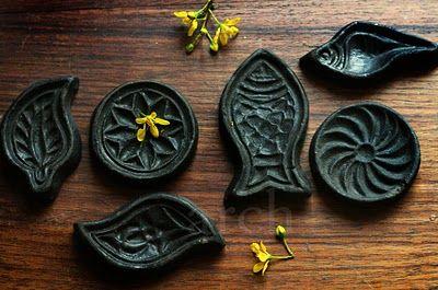 Sandesh moulds (via rangdecor.blogspot.com): Sweet Imprint, Sweet Treasure, Range Decor Interiors, Indian Sweets, Interior Ideas, Sandesh Moldings, Sandesh Moulding, Interiors Ideas