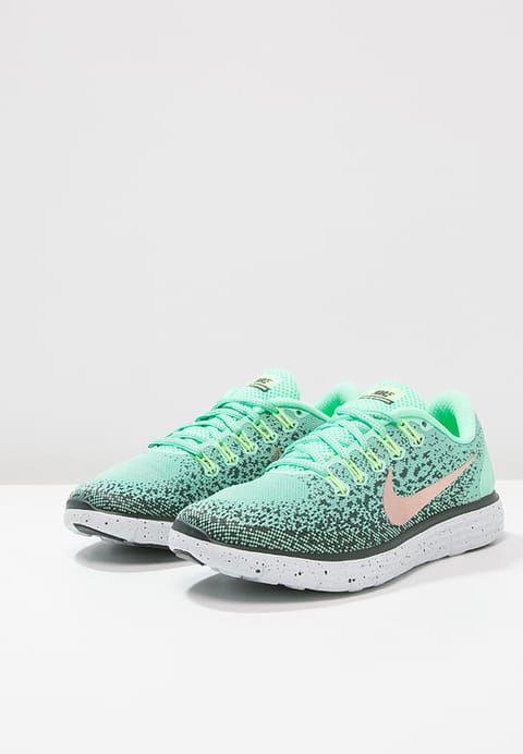 Natural Running Nike Performance FREE RUN DISTANCE SHIELD - Chaussures de  course neutres - grün/