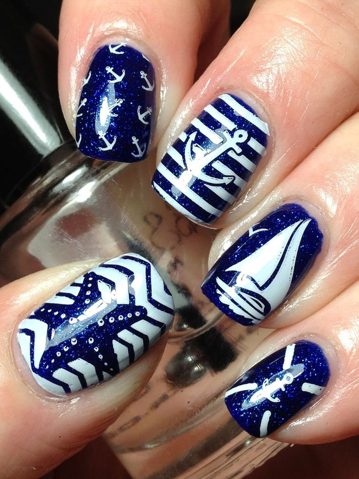 Nautical Nails! So want to go have my nails done like this! #LoveAnchors