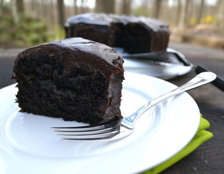 Chocolate Avocado Cake with Chocolate Avocado Buttercream Frosting - craftycookingmama.com