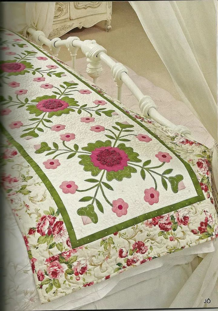A pretty pink, rose and green table runner!