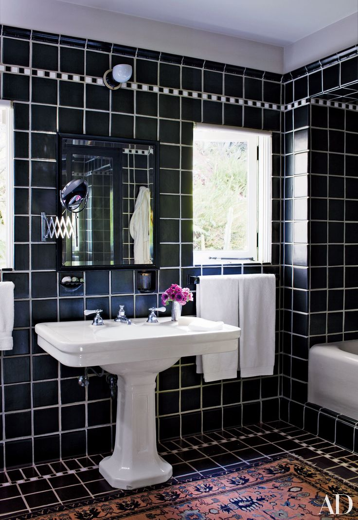 22 Luxury Bathrooms In Celebrity Homes