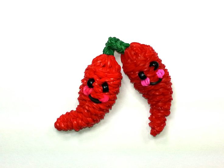 3-D Happy Chili Pepper Tutorial (Rainbow Loom) by Feelin' Spiffy.