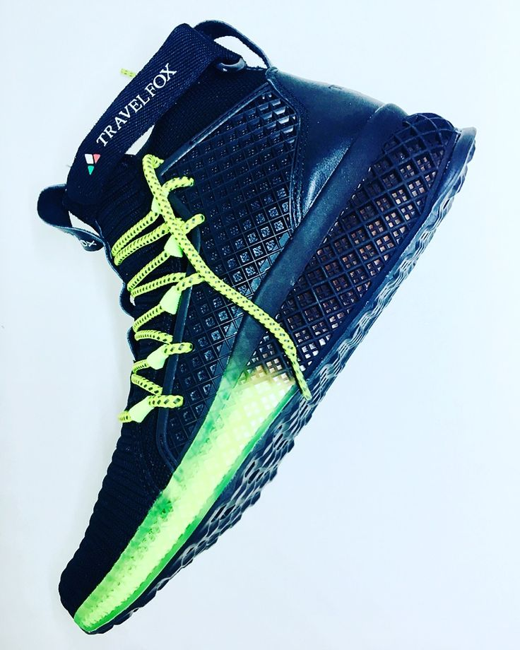 WE DONT MAKE FLYKNITS, WE MAKE FLYKNITS BETTER. #TravelFox #Alpha-C #Socks & #Flyknit Mids #outofthisworld #comfort #spaceage #style & #technolgy. Create an #extraterrestrial experience in your #deepspace & #cybergreen #colorway. • Today you take back your #soles! #iamtravelfox #astepbeyondsneaker #alpha-c #travelfoxkids #travelfoxsounds #lifestyle #movement #poweredbymillennials #viss