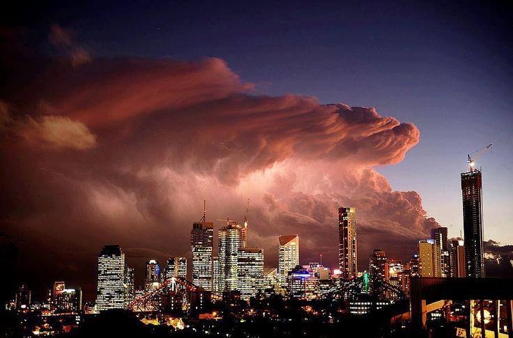 Massive Storm Approaching Brisbane, Queensland, Australia!