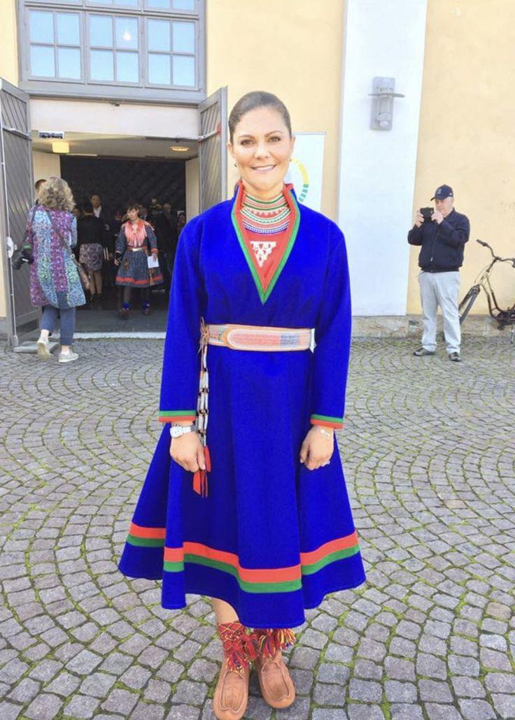 HKH kronprinsessan/princess Victoria av Sverige/ Sweden i sydsamisk kolt/ wearing South Saami kirtle.