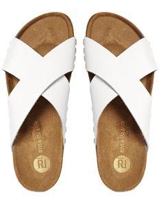 Witte sandalen van River Island. Hot deze zomer.