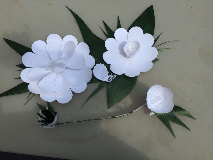 Grandi fiori di carta !