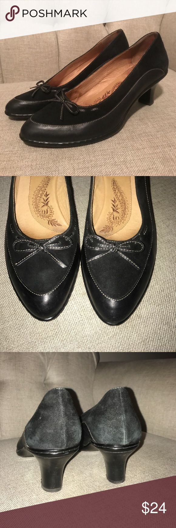 "Sofft Black leather and suede pumps Size 9 Sofft Black leather and suede pumps Size 9 Awesome work shoes nice condition 2"" heel Sofft Shoes Heels"