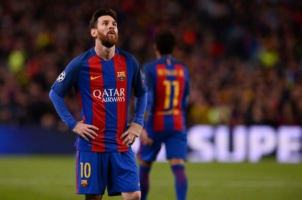 Barcelona's Argentinian forward Lionel Messi stands on the pitch during the UEFA Champions League quarter-final second leg football match FC Barcelona vs Juventus at the Camp Nou stadium in Barcelona on April 19, 2017. / AFP PHOTO / Josep LAGO