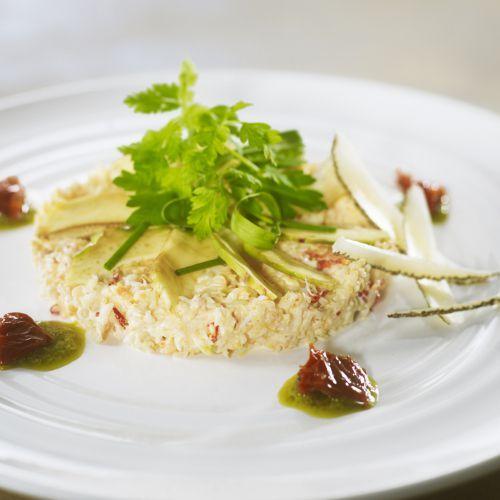 Le pecorino est un fromage Italien au lait de brebis. Il accompagnera cette recette de crabe aux artichauts et salade d'herbes.