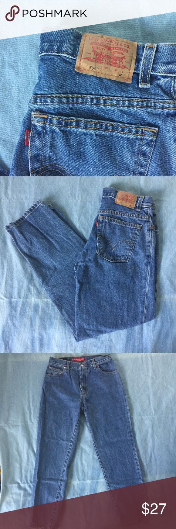 """Vintage Levi's 550 Jeans These jeans have normal wear but are in good condition. These are a tag size 10 but fit as a modern day 6. Be sure to use the measurements to make sure these are a fit for you.                                Measurements:                                                               28"""" Waist 7"""" Leg Opening 29"""" Inseam 39.5"""" Outseam 8.5"""" Rise Levi's Jeans Boot Cut"""
