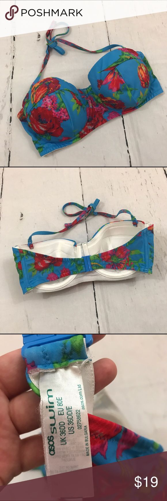 🖤🖤 ASOS BLUE FLORAL BIKINI TOP B37 Condition: Euc I do not have the matching bottoms Item location: bin 37  ❤no trades/no modeling❤ ASOS Swim