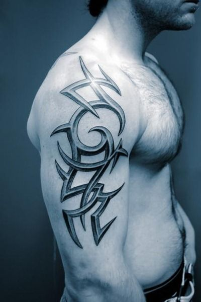 Irish Tattoos For Men - http://amazingtattoogallery.com/irish-tattoos-for-men/ #tattooart #tattoo #artdesign