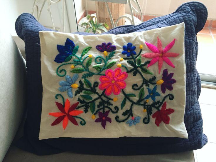 Primer trabajo terminado! #mexican #embroidery #flowers