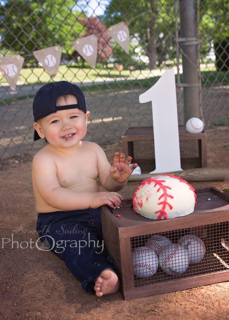 boy cake smash, baseball cake smash, outdoor cake smash, smooth sailing photography