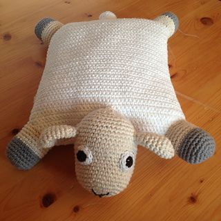 This cute little pillow is completely improvised as I did not find any pattern for what I wanted. It's made of 100% cotton and filled with cherry stones so that it can be put into the microwa...
