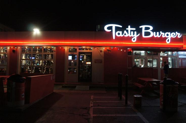 Tasty Burger, Boston