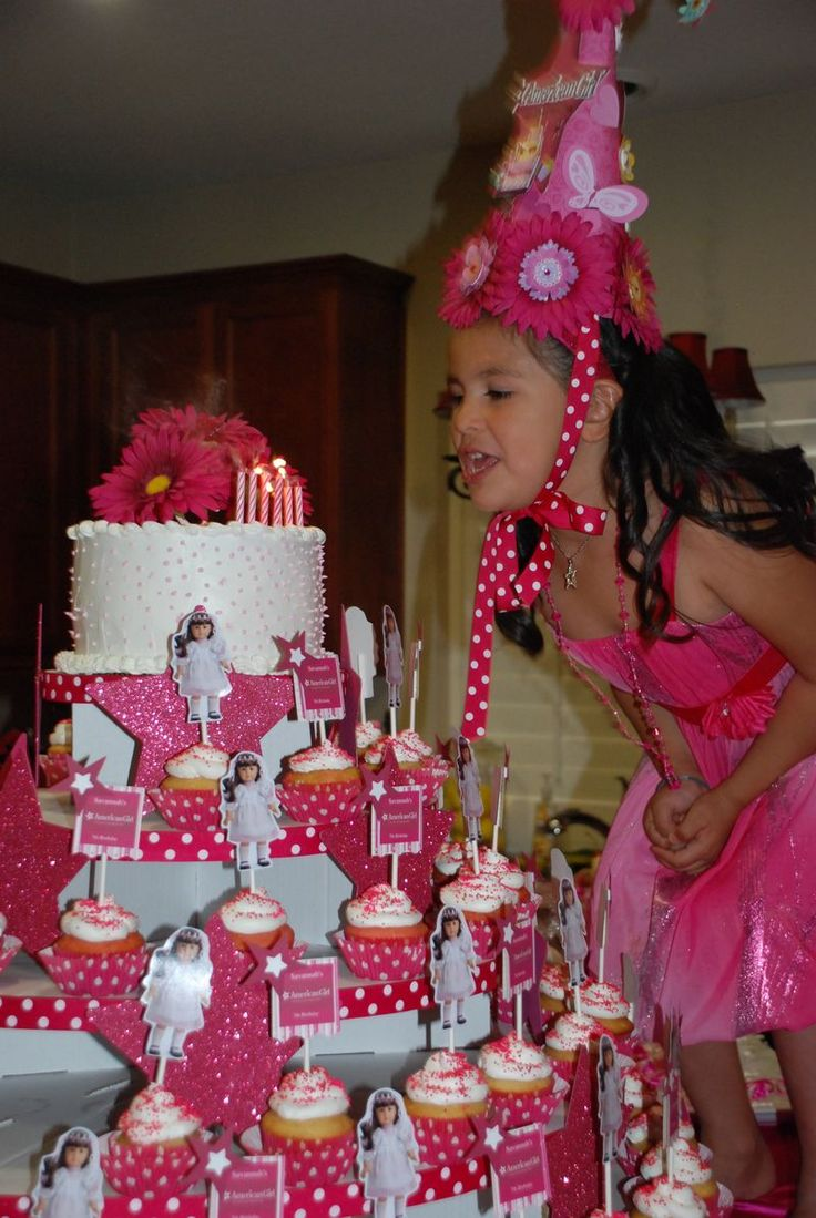 Over the top party and cupcake stand - look at her crown!