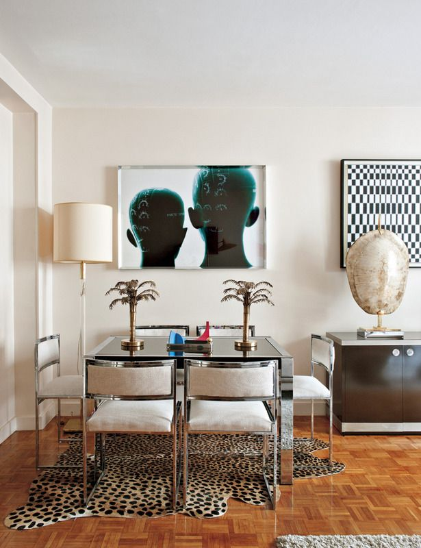 Small space..... Mixing modern with theme,decorating so not overdone.   La casa parisina de los anticuarios - ELLE.ES