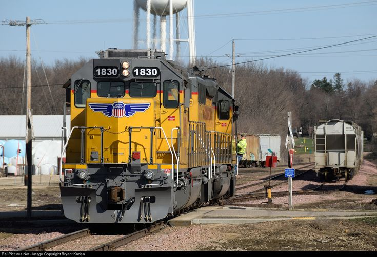 Photo up 1830 union pacific emd sd40n at