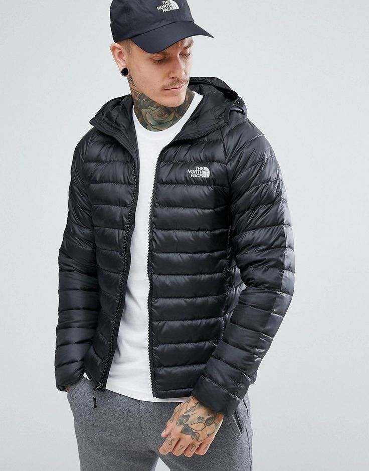 THE NORTH FACE TREVAIL HOODED LIGHT JACKET IN BLACK BLACK